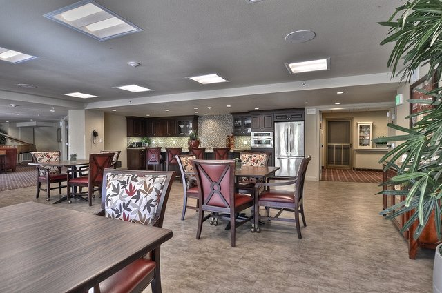 Vintage Senior Living at Burbank - Photo 1 of 8