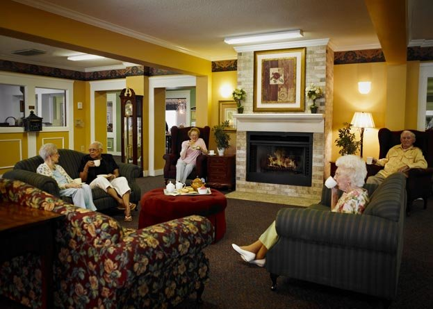 American House Dearborn Heights Senior Living - Photo 4 of 8
