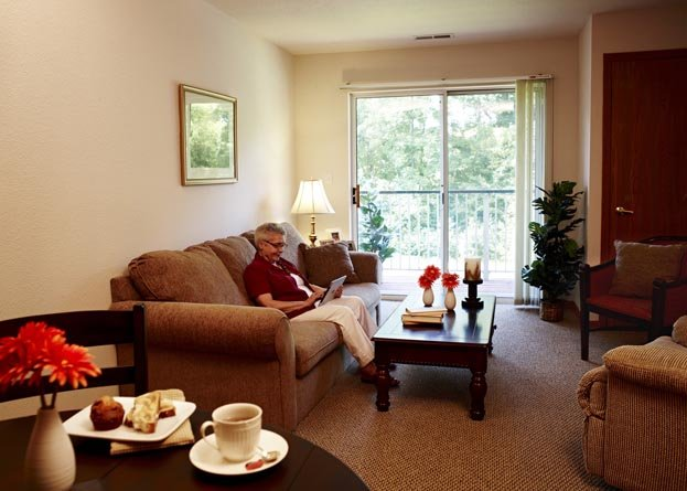American House Riverview Senior Living - Photo 3 of 8