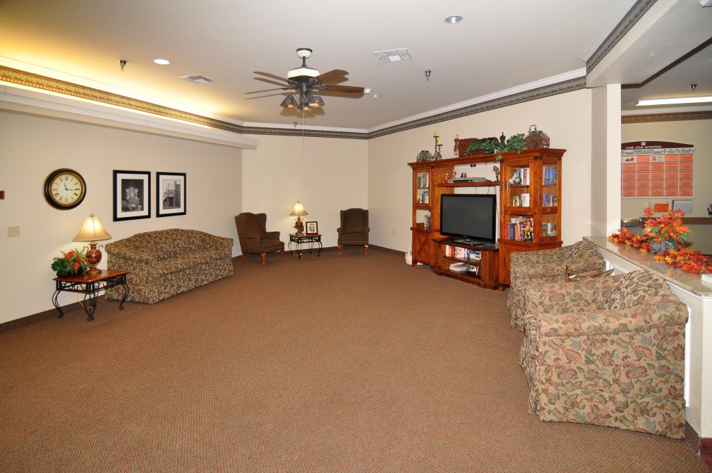 Kindred Transitional Care and Rehabilitation - Grapevine - Photo 2 of 8