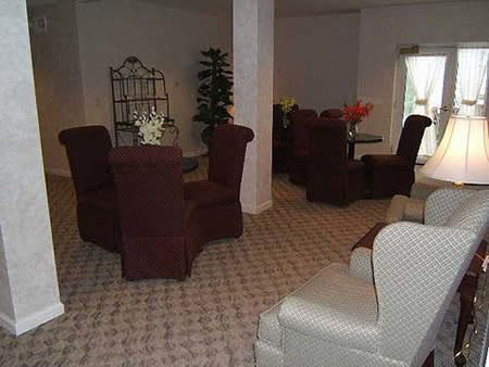Shalimar Gardens Assisted Living - Photo 6 of 8