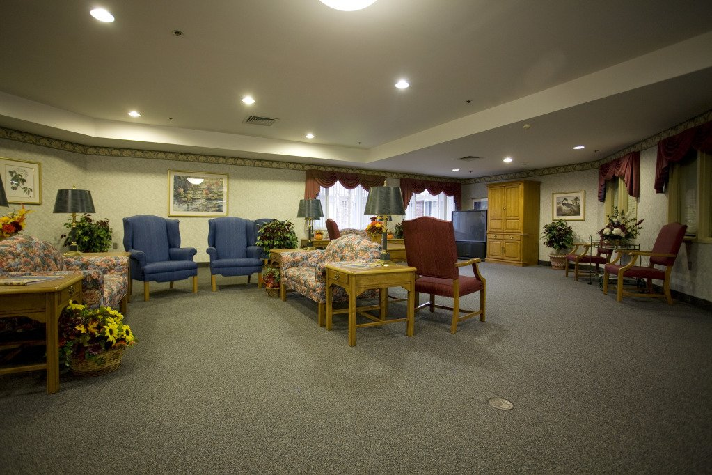Kindred Transitional Care and Rehabilitation - Harrison - Photo 7 of 8