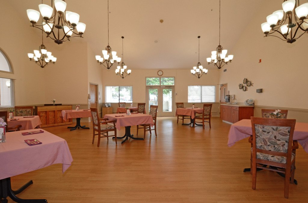 Kindred Transitional Care and Rehabilitation - Lakewood - Photo 6 of 8