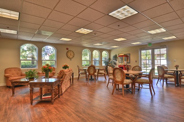Vintage Senior Living at Vintage Simi Hills - Photo 7 of 8