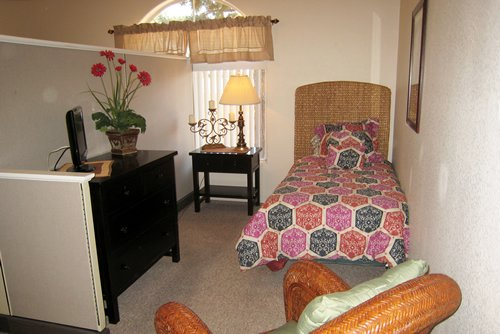 Pacifica Senior Living - Regency - Photo 6 of 8