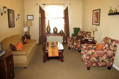 Pacifica Senior Living - Regency - Photo 7 of 8