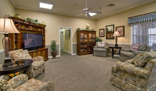 Alexandria Place, assisted living by Americare - Photo 5 of 8