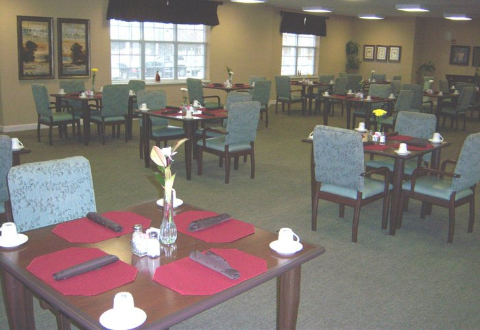 Broadmore Senior Living at Murfreesboro - Photo 6 of 8